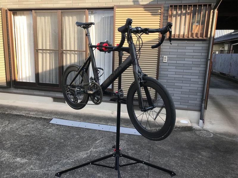 立ったまま作業できる自転車のメンテナンススタンドを使ってみたらすごく便利!
